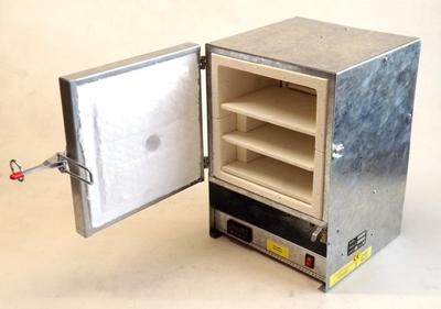 TSMP Ltd. Комплект полок с подставками для печи R14-L