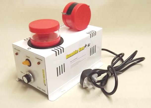 TSMP Ltd. Галтовка электромагнитная реверсивная BUMBLE BEE-4R